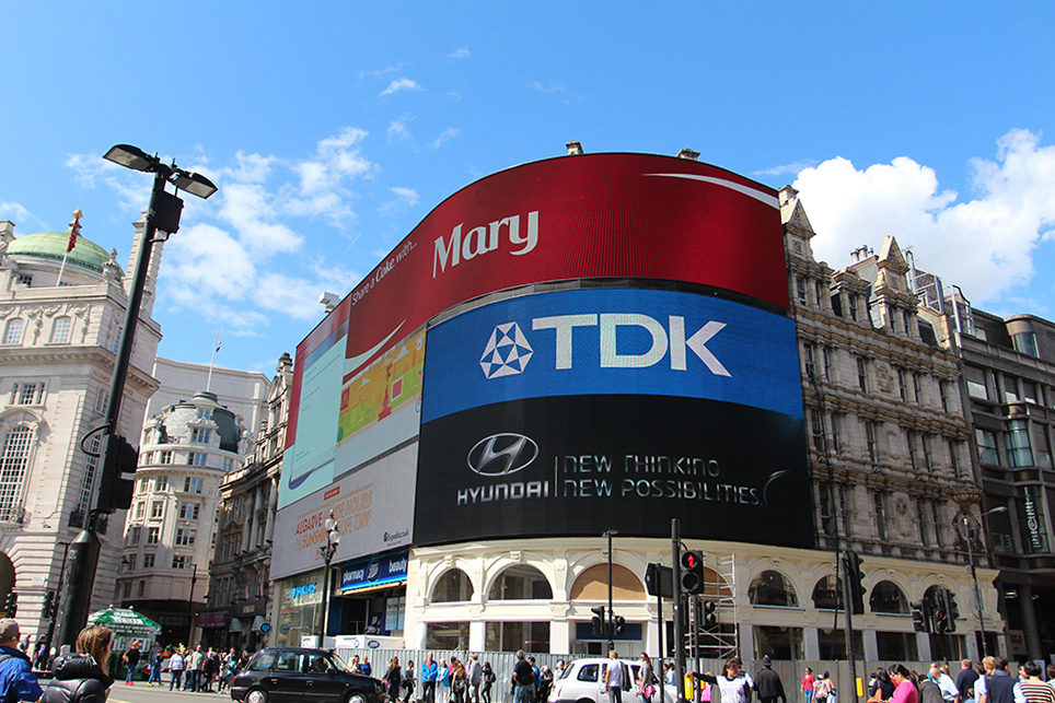 piccadilly circus-mlc